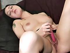 Hairy Babe with Big Wet Pussy Lips Bates and Cums